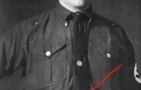 היטלר ממונה על ידי הכהן הגדול להיות הראש של הרייך.