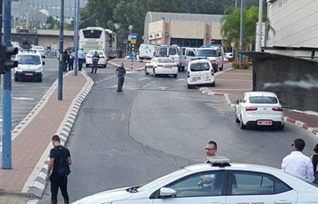 מה עשה אזרח בריטי, נושא שם ערבי, עם חומר נפץ ברחובות?