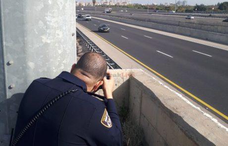 מדוע המדינה מאפשרת למשטרה להתפרע על האזרחים בנושא שימוש בסלולר