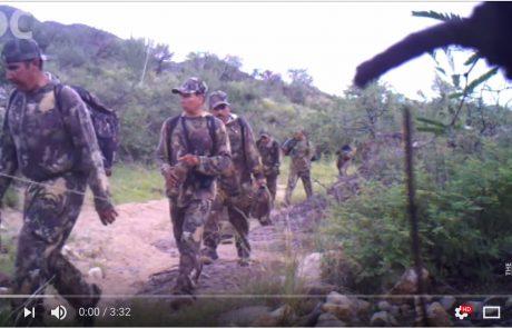 הסיבה להתנגדות הדמוקרטים לבניית חומה: אלפי חמושים חוצים את הגבול ממקסיקו לארה״ב